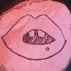 BIG mouth Naomi